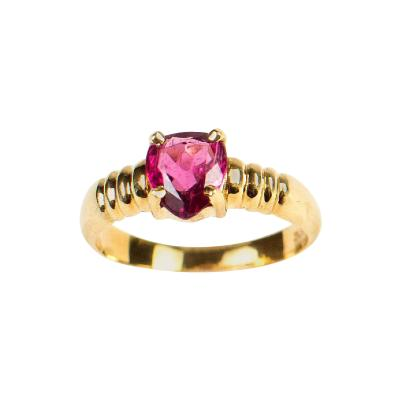 Gemjunky Pear Shape Rubelite Tourmaline in 18K Yellow Gold Ring
