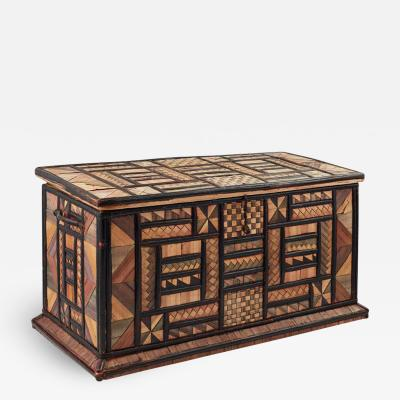 Geometric Table Top Trunk
