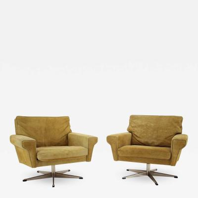 Georg Thams Pair Of Georg Thams Swivel Chairs In Suede Leather Denmark 1970