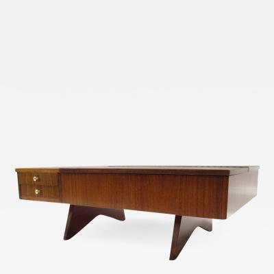 George Nakashima George Nakashima Coffee Table Model 272 Laurel and Walnut Widdicomb 1961