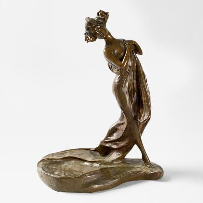 George Van der Straeten Art Nouveau Patinated Bronze Figural Vide Poche