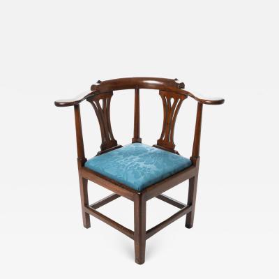 Georgian mahogany corner chair