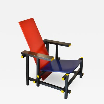 Gerrit Rietveld Gerrit Rietveld Armchair model 635 Red Blue for Cassina in Wood