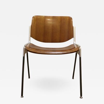 Giancarlo Piretti Set of Six Mid Century Modern Chairs by Giancarlo Piretti Italy 1970s