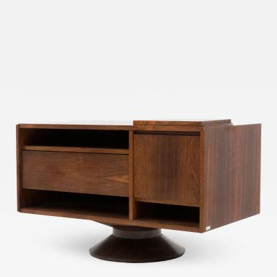 Gianfranco Frattini Italian Bar cabinet by Gianfranco Frattini for Bernini in walnut 1950s