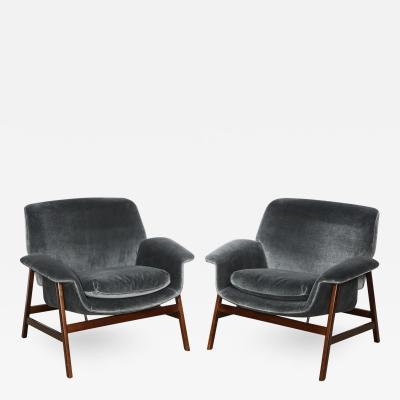 Gianfranco Frattini Pair of 849 Lounge Chairs by Gianfranco Frattini for Cassina