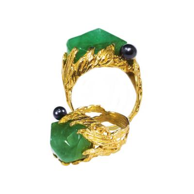 Gilbert Albert 1960s Gilbert Albert Signed 18kt Yellow Gold 10 Ct Chrysoprase Berry Motif Ring