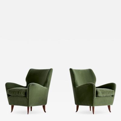 Gio Ponti Gio Ponti Pair of Armchairs in Olive Green Velvet and Walnut Italy 1949