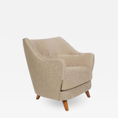 Gio Ponti Italian Lounge Chair in the Manner of Gio Ponti