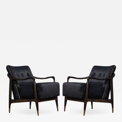 Gio Ponti Pair of Mid Century Modern Gio Ponti Style Club Chairs