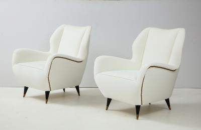 Gio Ponti Pair of Sculptural Italian Vintage Lounge Chairs Attributed to Gio Ponti
