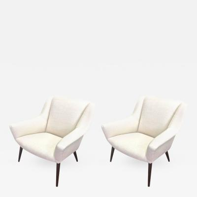 Gio Ponti Style of Gio Ponti Extremely Refined Design Pair of Armchairs