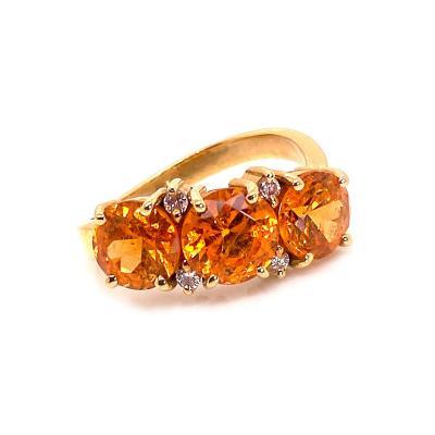 Glittering Gemjunky Spessartite Garnet with diamond 18K gold ring