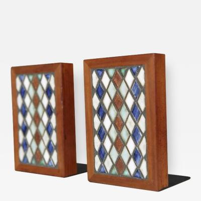 Gordon Jane Martz Walnut and Cathedral Window Style Ceramic Bookends by Jane and Gordon Martz