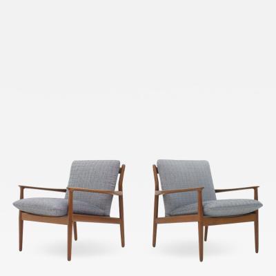 Grete Jalk Grete Flak Pair of Lounge Chairs Denmark 1960s