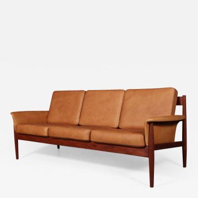 Grete Jalk Grete Jalk Freestanding three pers sofa teak 1960s