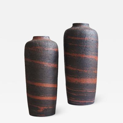 Gunnar Nylund Pair of Vases in Red and Black by Gunnar Nylund for Rorstrand