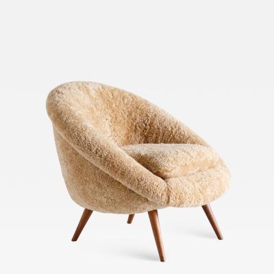 Gustav Bergmann Gustav Bergmann Lounge Chair in Sheepskin and Beech Germany 1960