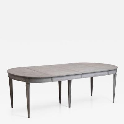 Gustavian extension table with two leaves with apron circa 1810