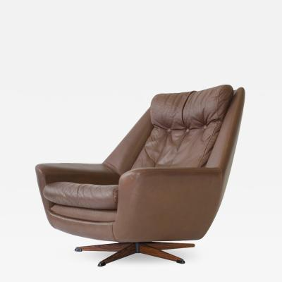 H W Klein H W Klein Swivel Leather Lounge Chair
