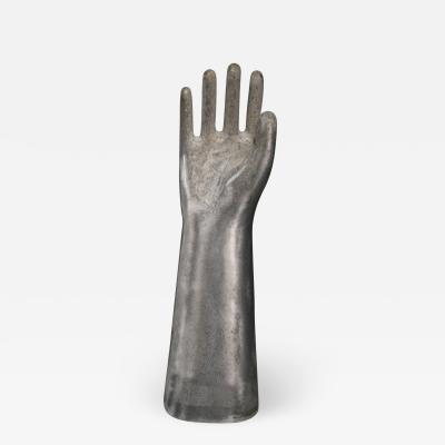 Hand moulds in aluminium casting Medium Hand