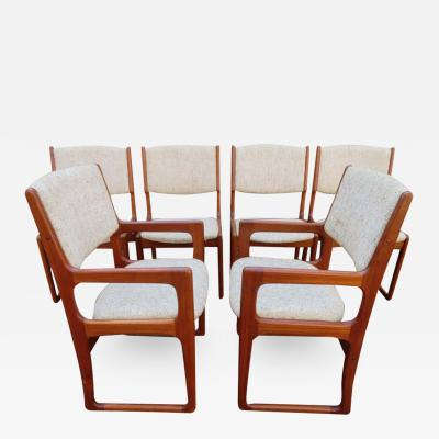 Handsome Set of 6 Danish Benny Linden Teak Dining Chairs Mid Century Modern