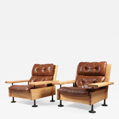 Hannu Jyr s Hannu Jyr s Pair of Unique Easy Armchairs in Oregon Pine Leather 1970s