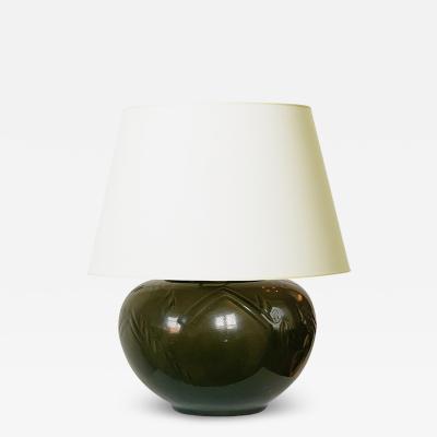 Hans Henrik Hansen Table lamp with dark olive glaze and carved relief by Hans Henrik Hansen