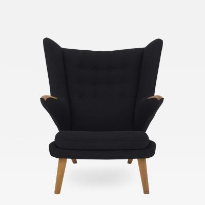 Hans J Wegner AP 19 Papa Bear Chair