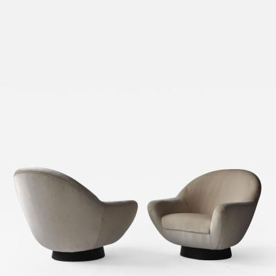 Hans Kaufeld Pair of Swivel Lounge Chairs by Hans Kaufeld