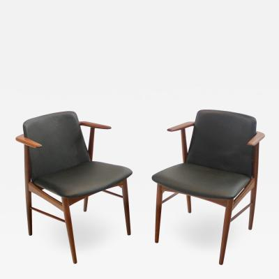 Hans Olsen Pair of Rare Scandinavian Modern Armchairs Designed by Hans Olsen
