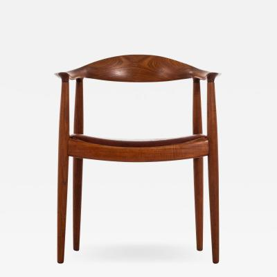 Hans Wegner Armchair Model JH 501 The Chair Produced by Johannes Hansen