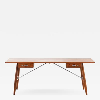 Hans Wegner Desk Model JH 571 Produced by Johannes Hansen