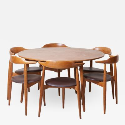 Hans Wegner Dining Set with a Table and Six Heart Chairs by Hans Wegner for Fritz Hansen