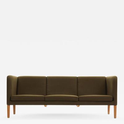 Hans Wegner Even Arm Sofa