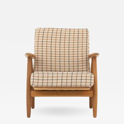 Hans Wegner GE 240 The Cigar easy chair in oak