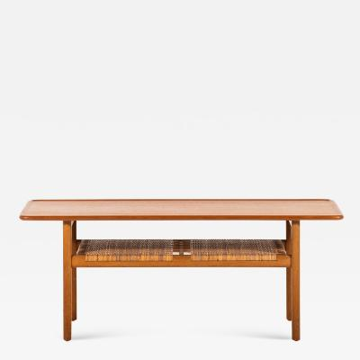 Hans Wegner HANS WEGNER AT 10 COFFEE TABLE