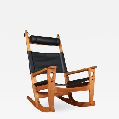 Hans Wegner Hans J Wegner Keyhole rocking chair model GE 673 newly upholstered