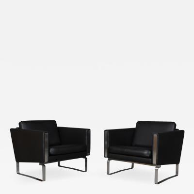 Hans Wegner Hans J Wegner Pair of lounge chairs model JH 101 2