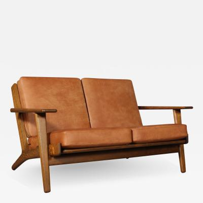 Hans Wegner Hans J Wegner Two pers sofa GE 290 2