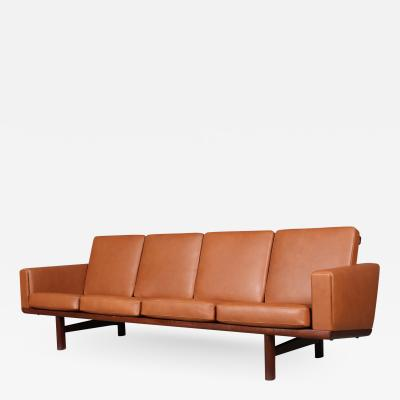 Hans Wegner Hans J Wegner four pers sofa model GE236 4