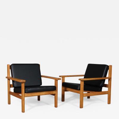 Hans Wegner Hans J rgen Wegner pair of armchairs model GE 220 2