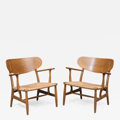 Hans Wegner Hans Wegner CH 22 Easy Chairs