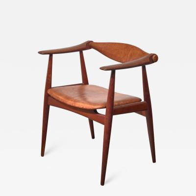 Hans Wegner Hans Wegner CH 34 or Yoke chair for Carl Hansen