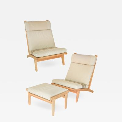 Hans Wegner Hans Wegner Chairs with Ottoman