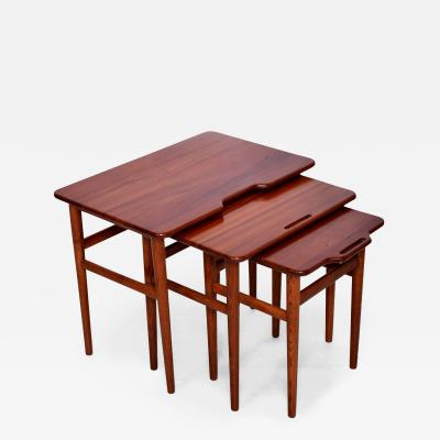 Hans Wegner Hans Wegner Era Sculpted Modern Solid Teak Nesting Tables Set of Three 1950s