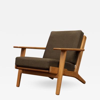 Hans Wegner Hans Wegner Lounge Chair for Getama GE290