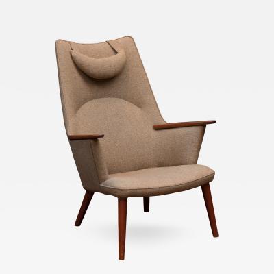 Hans Wegner Hans Wegner Mama Bear Chair AP 27