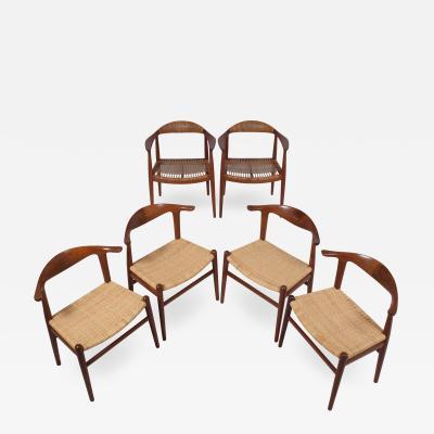 Hans Wegner Hans Wegner pair Classics four Cow horn chairs teak for Johannes Hansen