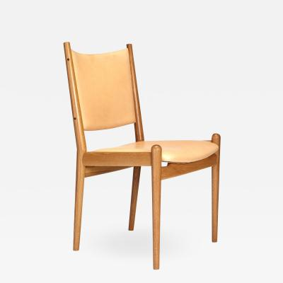 Hans Wegner OAK AND LEATHER DINING CHAIRS